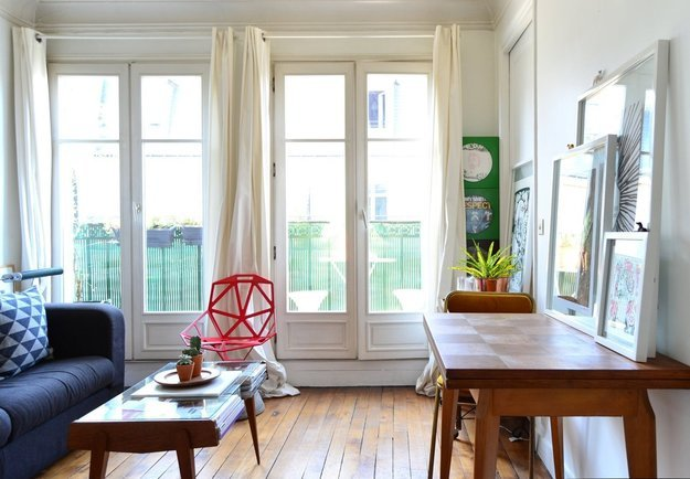 Как сделать маленькую квартиру светлее: вдохновляющий пример из Парижа