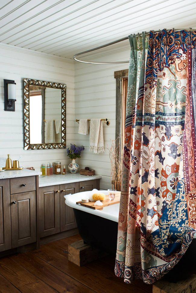 Шторка для ванной в стиле лоскутного шитья