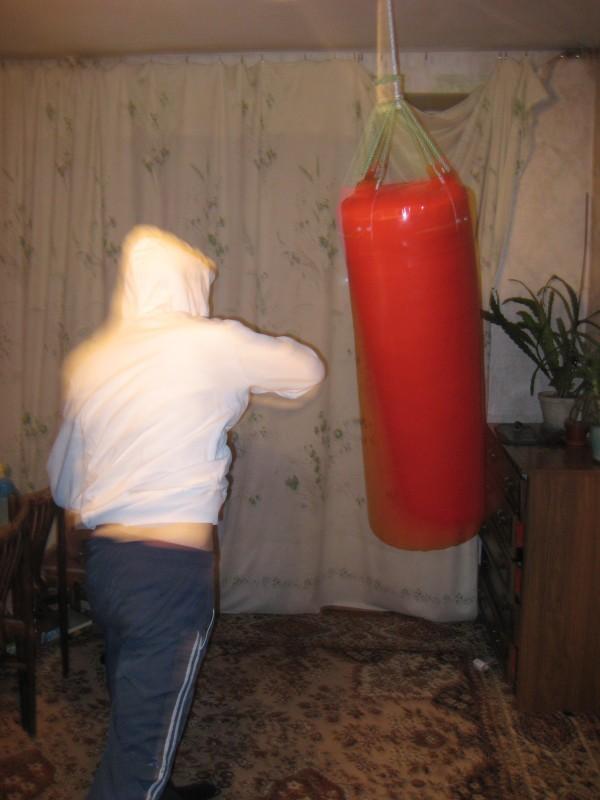 Как сделать самодельную боксёрскую грушу