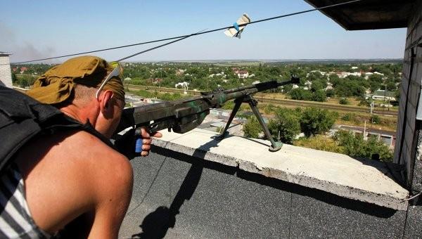 Ополчение ДНР ведет бои за выход к Азовскому морю