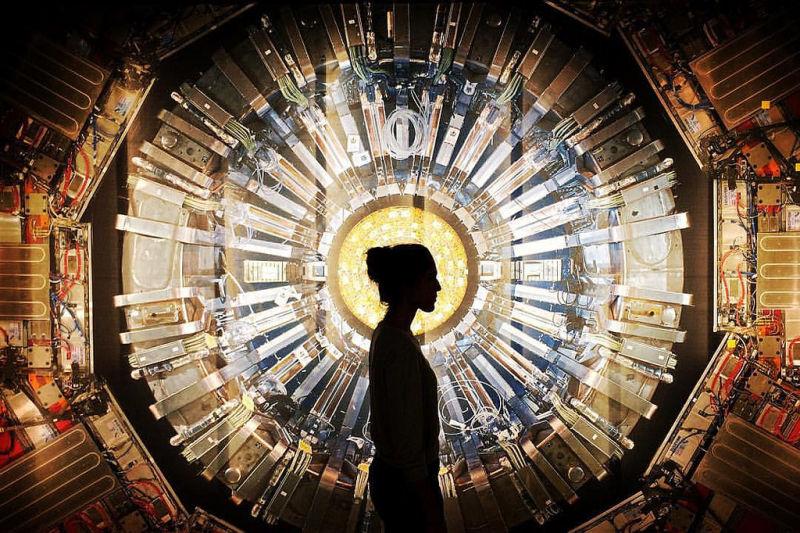 Опровергает ли Большой Адронный Коллайдер существование призраков?
