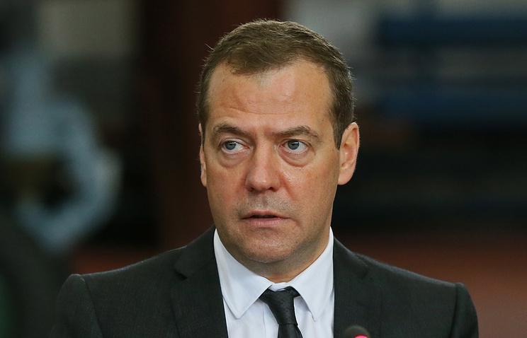 Медведев назвал санкции инструментом нового протекционизма и конкурентной борьбы