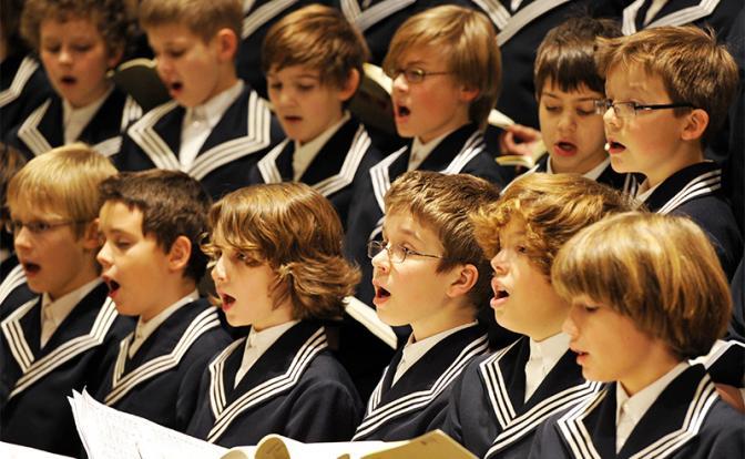 Скандал у немцев: Девочек не берут в хор для мальчиков