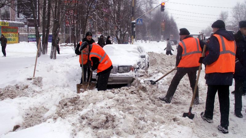 Уборка улиц Тулы продолжается полным ходом