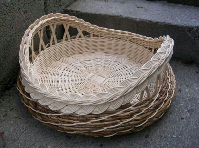 Плетение из пластиковых трубочек пошагово
