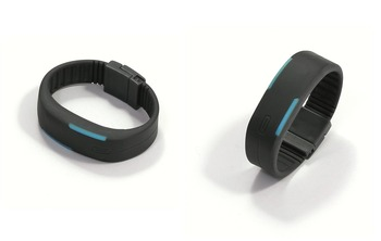 Ученые: фитнес-браслеты и приложения вредят здоровью человека