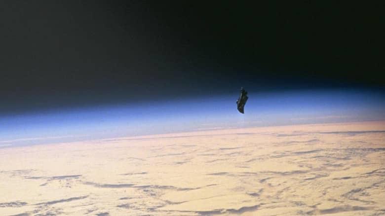 """1. Спутник """"Черный рыцарь"""" загадка, мистика, явление"""