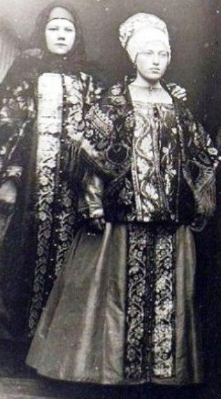 Как это было — сарафан, сборник, душегрея и другая праздничная одежда русских крестьянок