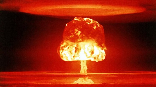 Американские кураторы не разрешили Украине иметь ядерное оружие