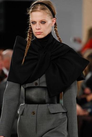Как носить шарф: модные идеи