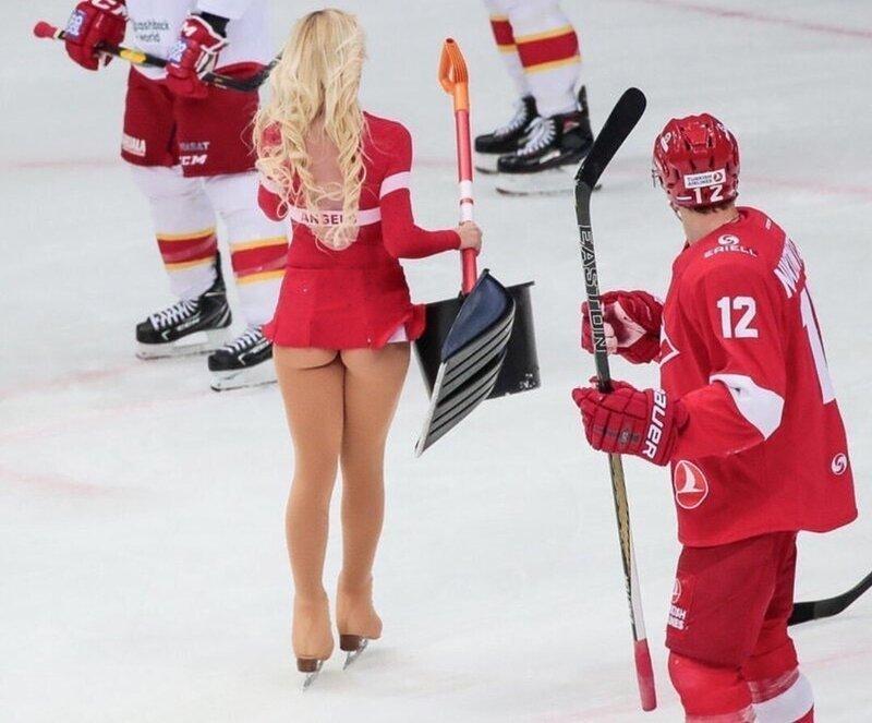 На матчах Спартака баскетбол, группы поддержки, девушки, красивые девушки, подборка, спорт, хоккей