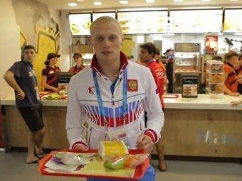 Олимпийский  чемпион Илья Захаров  стал  доверенным  лицом  Рональда Макдоналдса :)