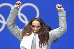 Загитовой разрешили съесть мороженое после победы на ОИ-2018