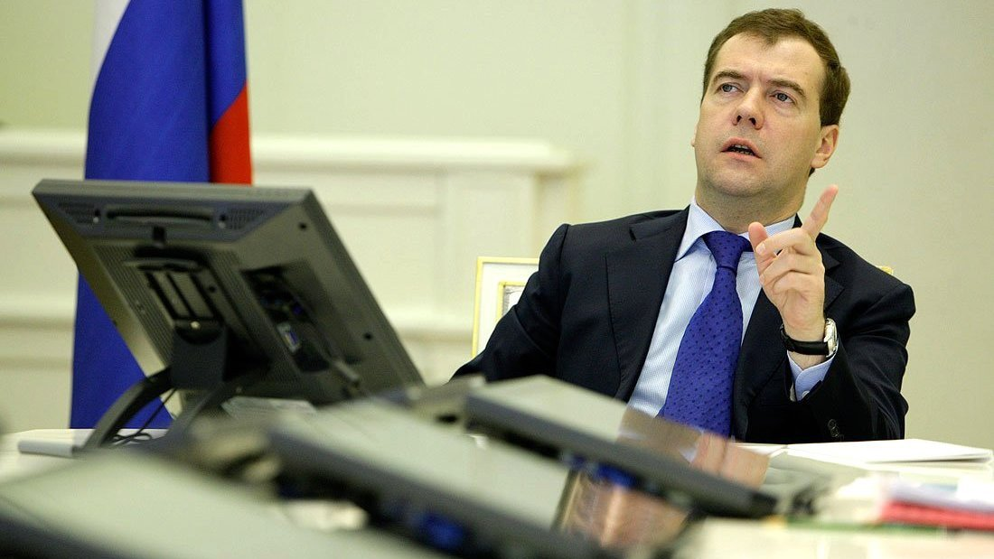 Медведев заявил о шансах на улучшение взаимодействия между Украиной и Россией