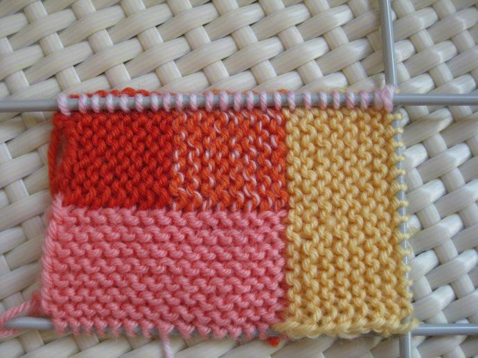 Вязание сначала одним цветом