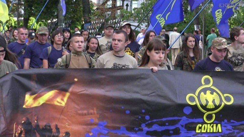 Киев сегодня: Москалей на ножи! Памятай чужинец, тут господарь украинец!