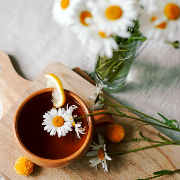 Чем заменить чёрный чай: 4 варианта летних напитков