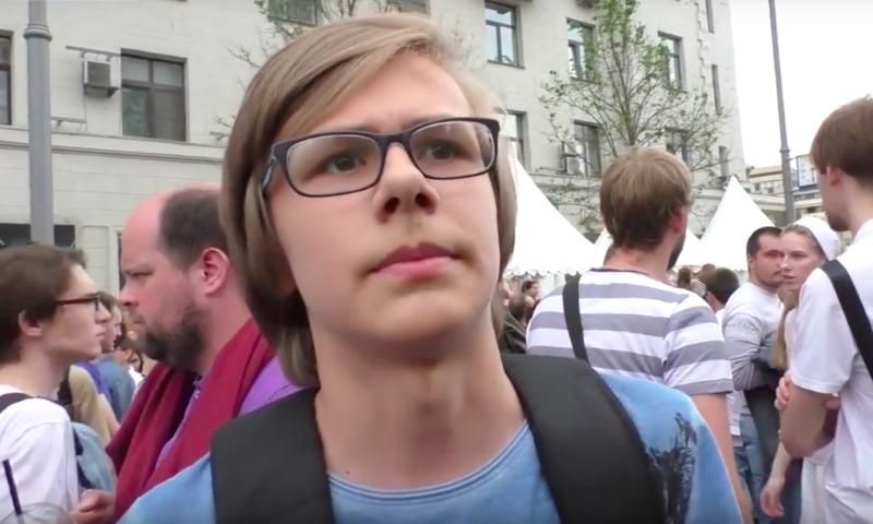 «Невоспитанное и необразованное быдло»: юный сторонник Навального про россиян