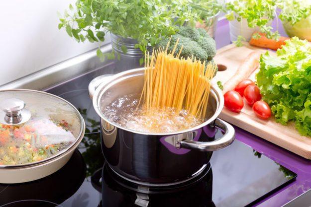 10 мифов о еде и их разоблачение
