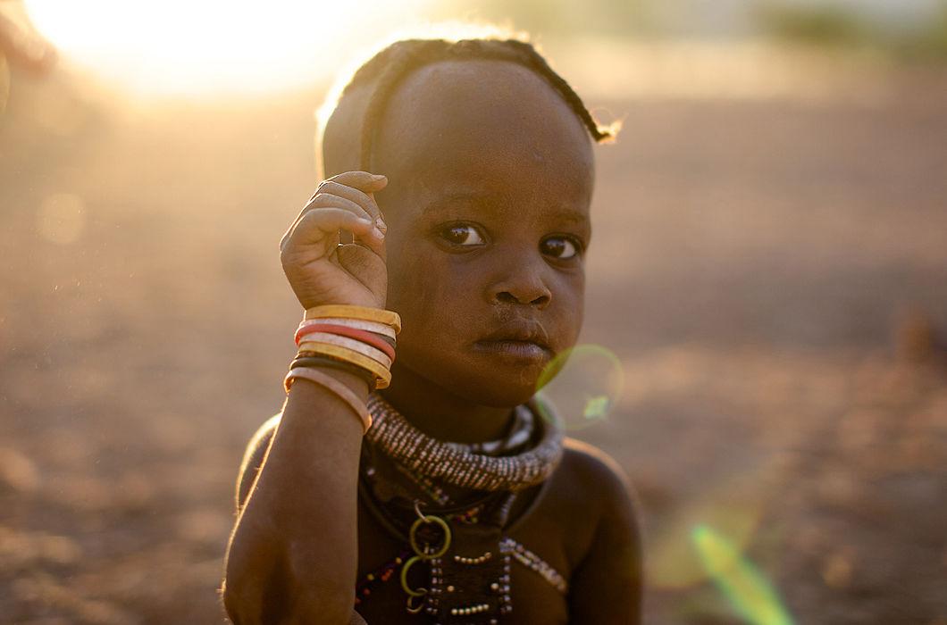 Путь от девочки к женщине в племени химба в северной части Намибии