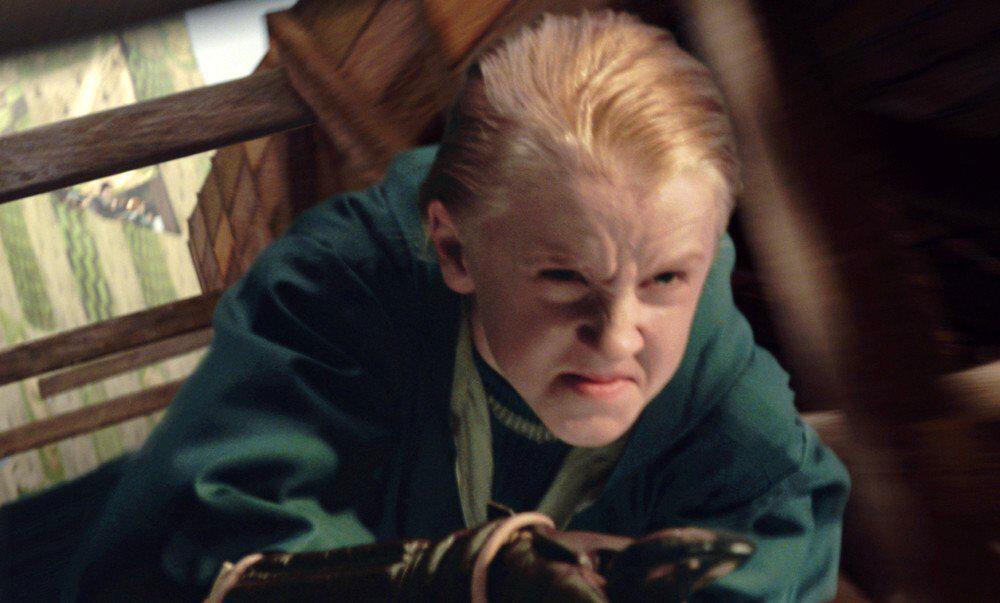 """Драко Малфой весьма злой ребенок. Кадр из фильма """"Гарри Поттер и Тайная комната"""""""