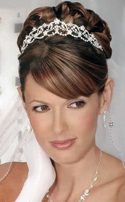 Прическа и макияж в греческом стиле
