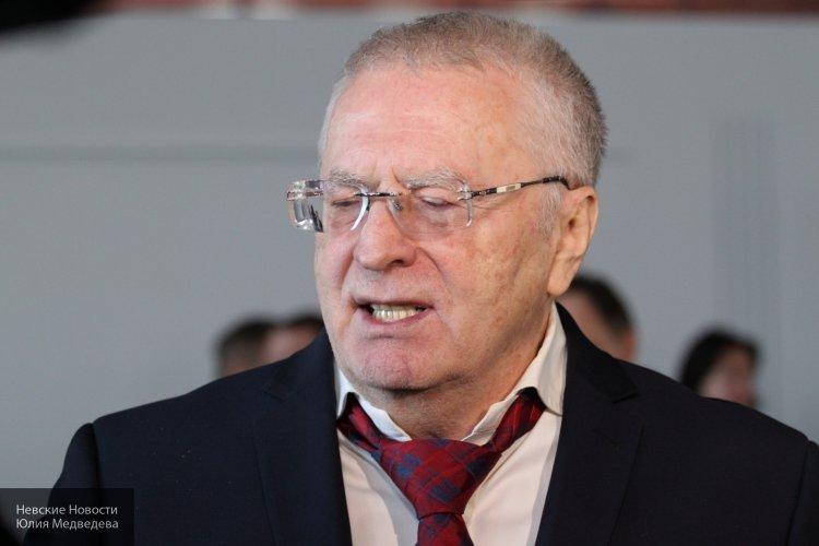 Жириновский сравнил Терезу Мэй с Бабой–Ягой, а Бориса Джонсона назвал «Борькой-недоумком».