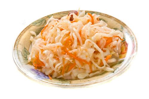 Салат из квашеной капусты с тыквой