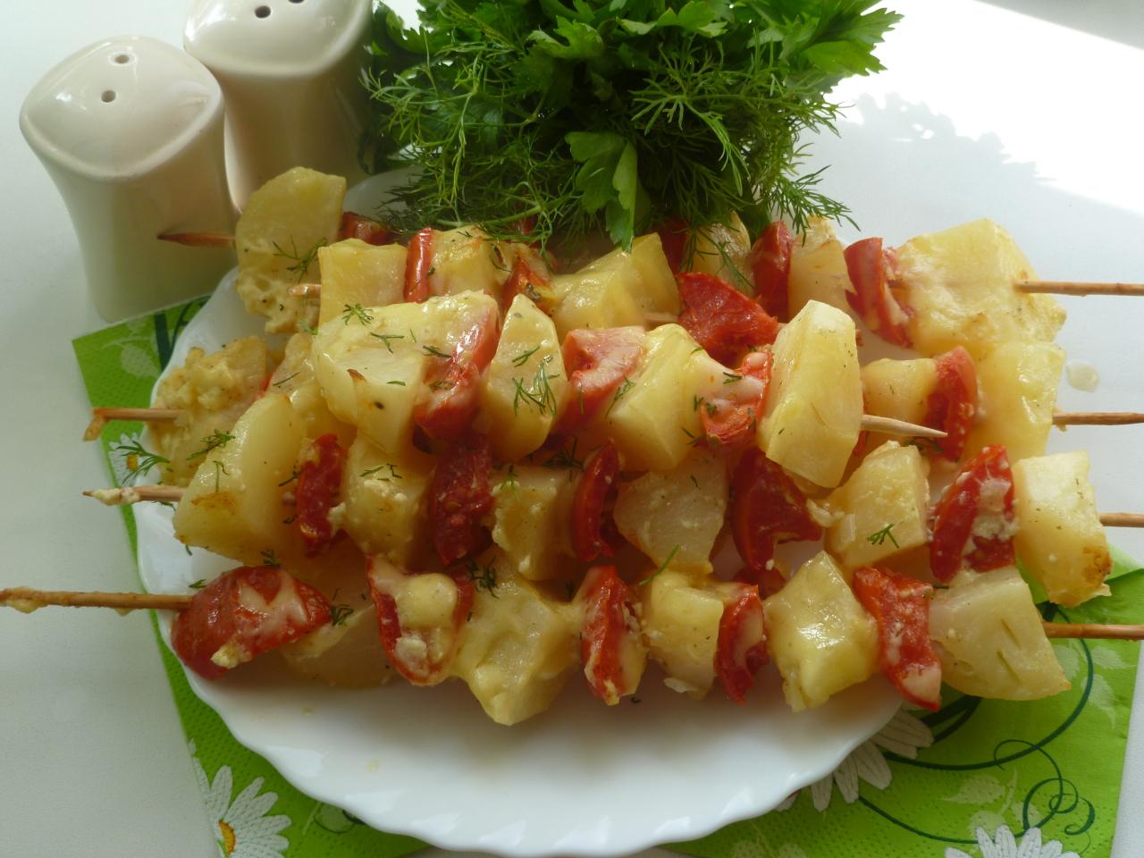 Картофельный шашлычок