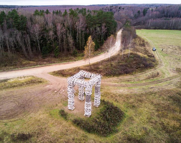 Никола-Ленивец: концептуальный арт-парк в российской глубинке с высоты птичьего полёта