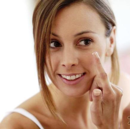 Алхимия красоты — какие витамины обязательно должны быть в косметике?