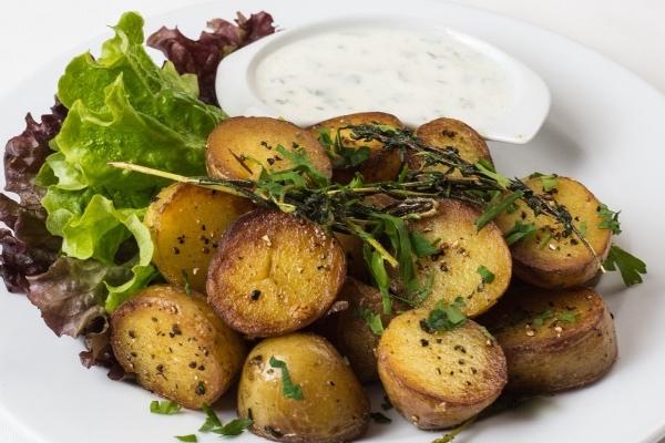 10 интернациональных традиций в приготовлении картошки