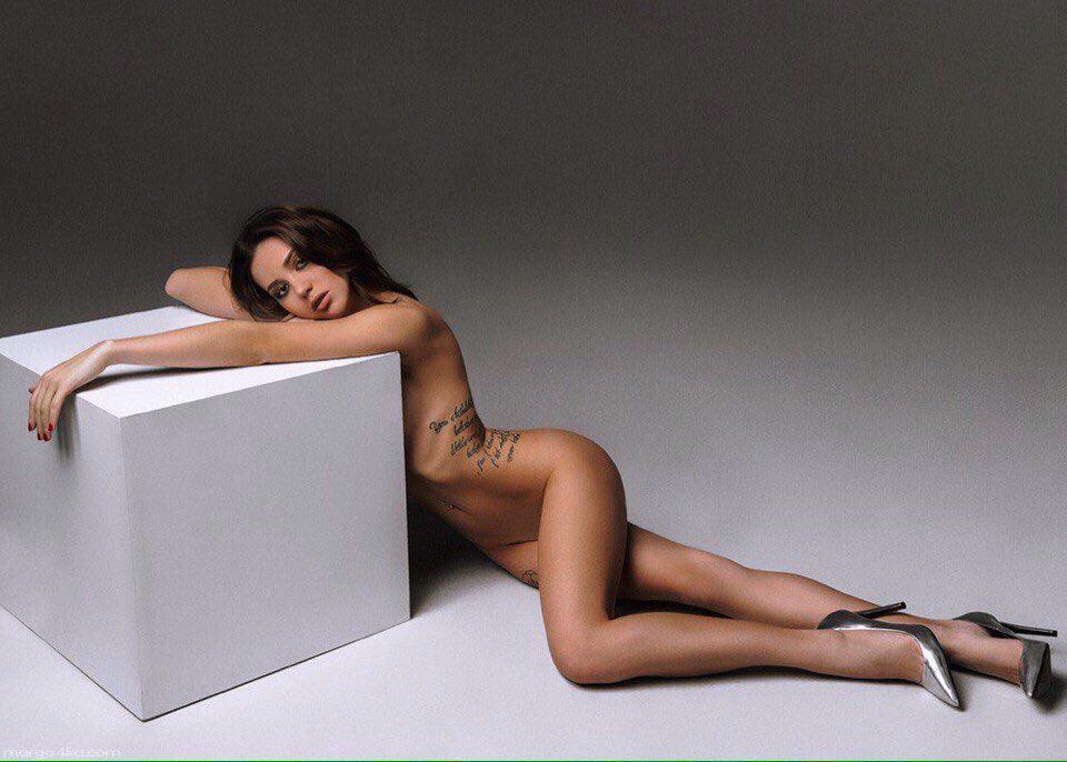 8 горячих фото девушки года по версии Playboy