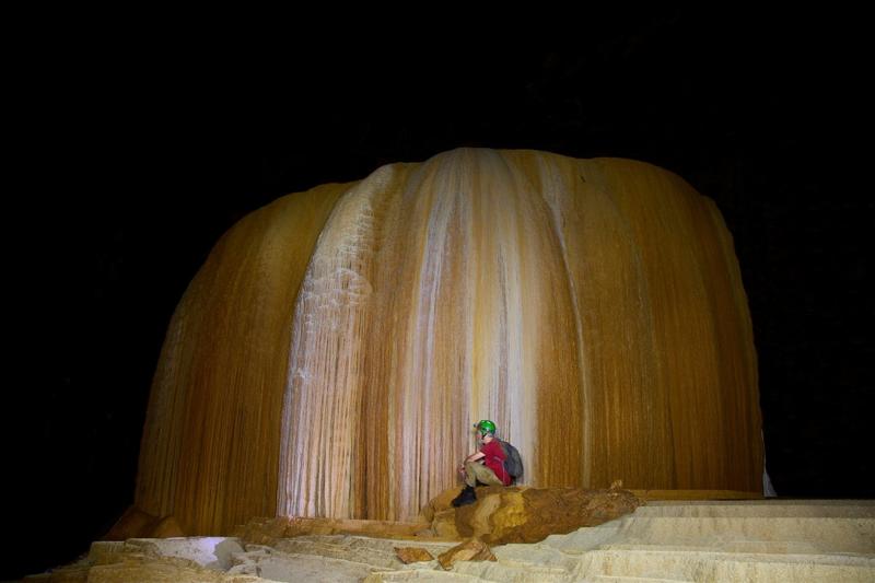 Красота пещер Джон Спайс, спелеолог, фото