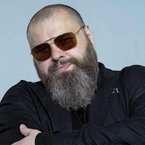 Максим Фадеев вернулся на сцену