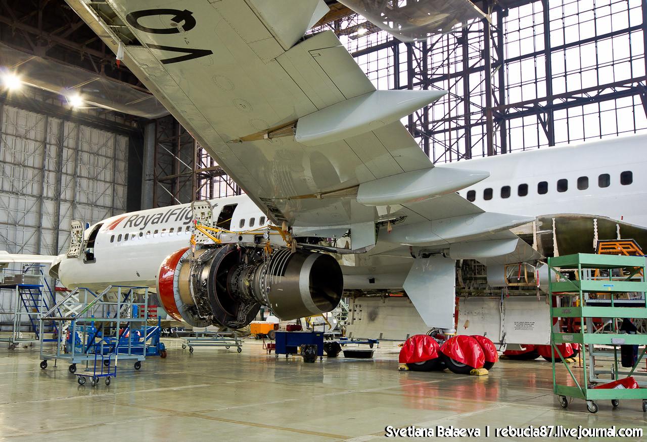 "В гостях у ""Сибирь Техник"" - там, где любят самолёты!"