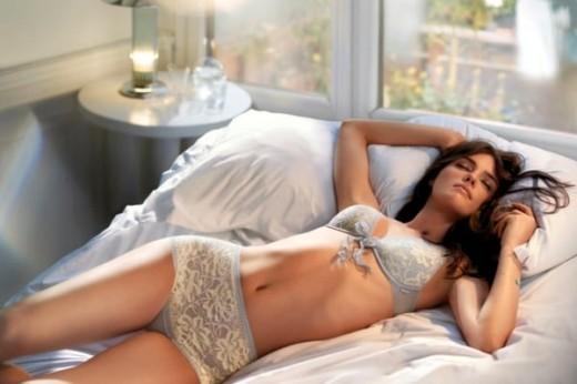 Как спать в жару и духоту: советы, которые сделают ваши ночи безмятежными