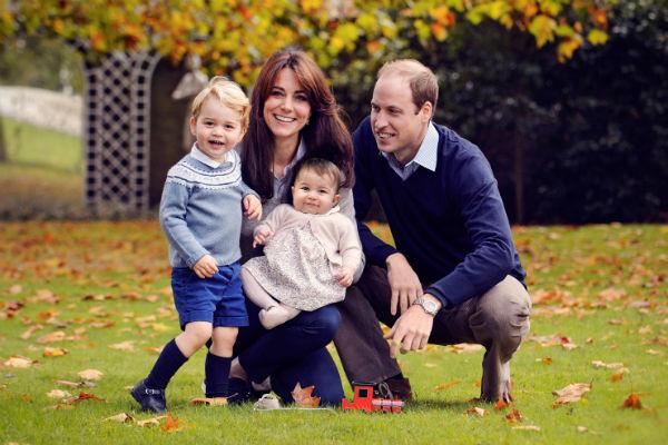 Кейт Миддлтон и принц Уильям часто берут детей в командировки в другие страны