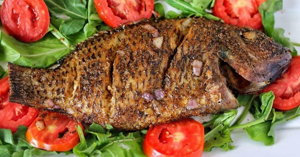 Нежнейшая рыба по-нигерийски с перчинкой