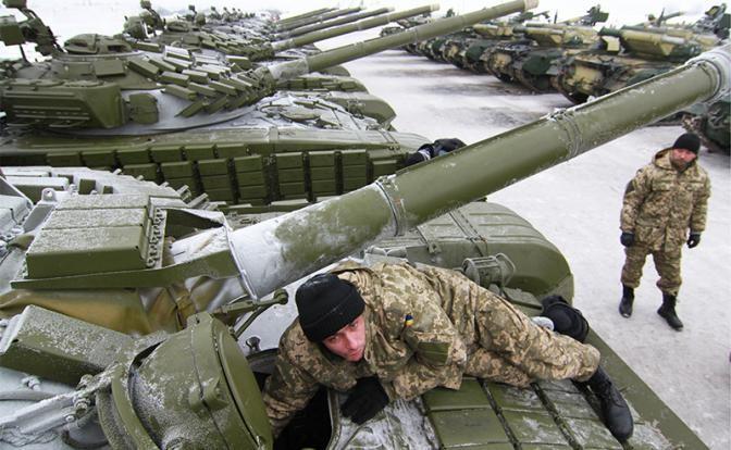 ДНР: Киев планирует провокации с химоружием в Донбассе