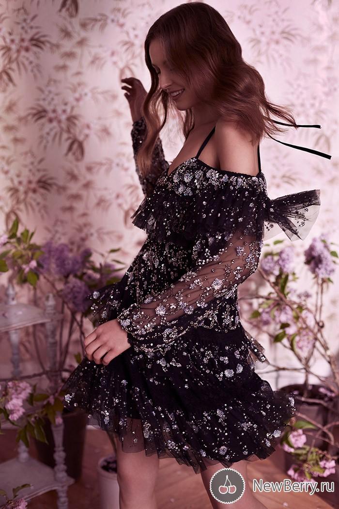 Романтичная коллекция от Needle & Thread Resort 2017