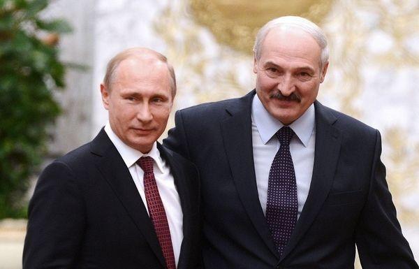 Лукашенко назвал Путина родным братом: «нам делить нечего»
