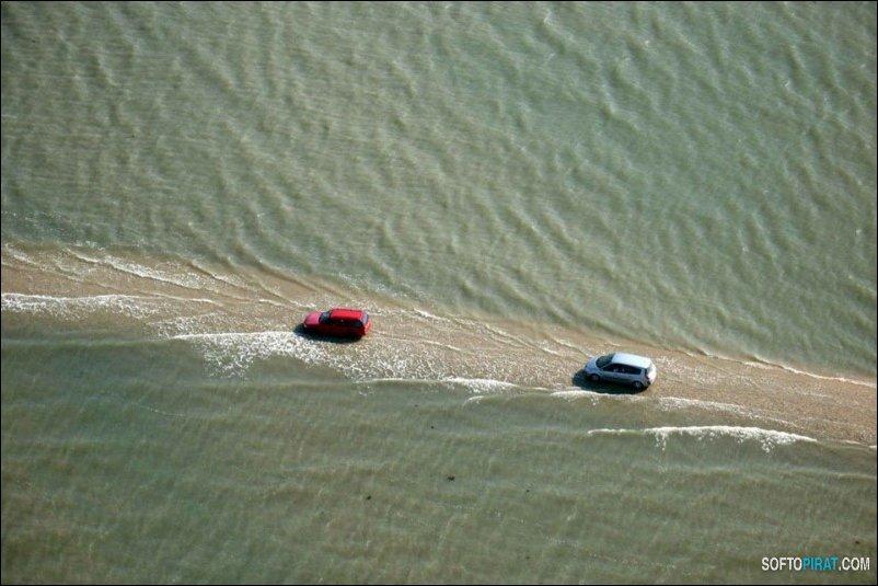 Дорога, которая дважды в сутки уходит под воду
