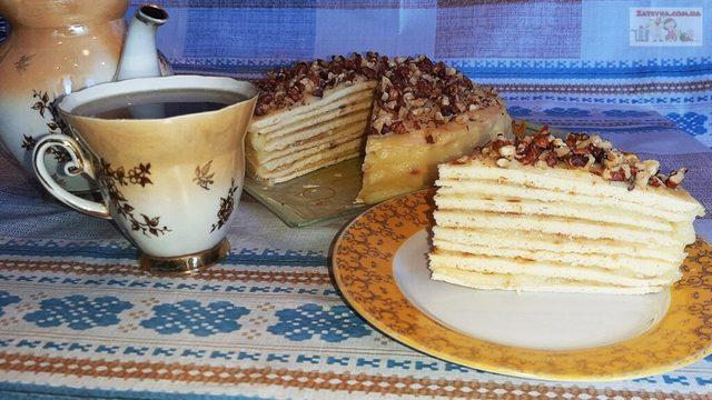 Фото к рецепту: Торт на сковороде с заварным кремом