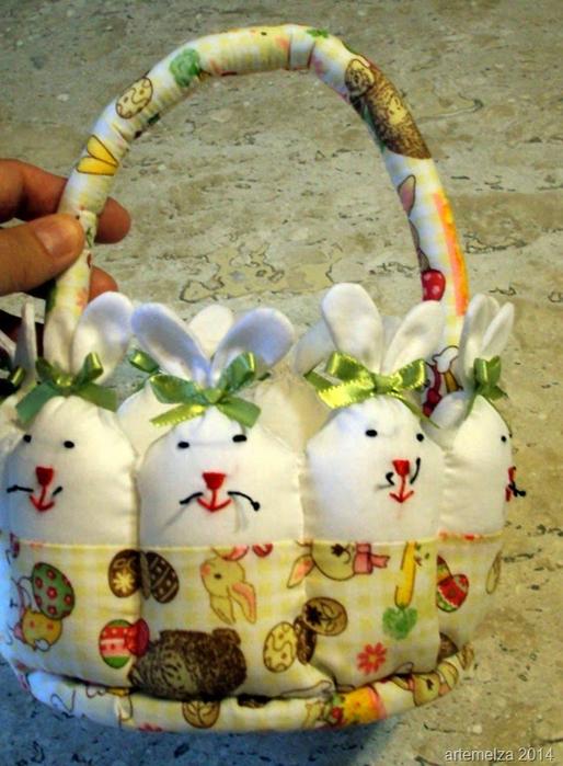 Текстильная корзинка из пасхальных зайцев. Мастер-класс (39) (514x700, 404Kb)