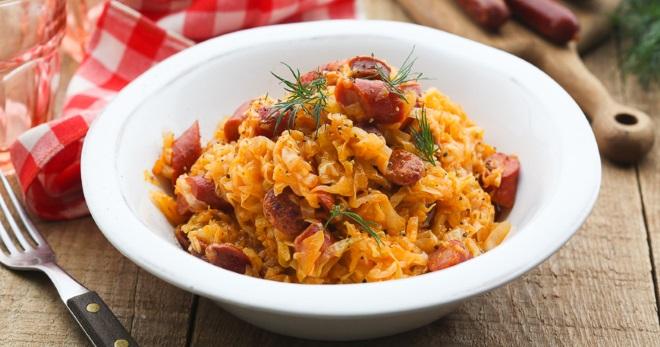 Солянка из квашеной капусты - лучшие рецепты сытного и очень простого домашнего блюда