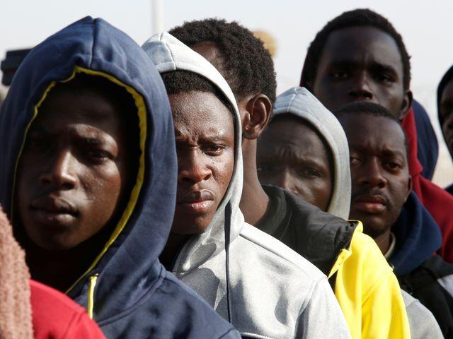 ООН предупреждает: мигранты в Ливии становятся рабами