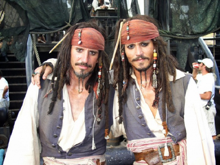Tony Anzellotti - дублер актера Johnny Depp.