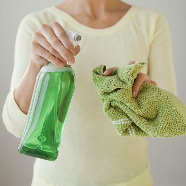 8 домашних чистящих средств, которые можно сделать самостоятельно