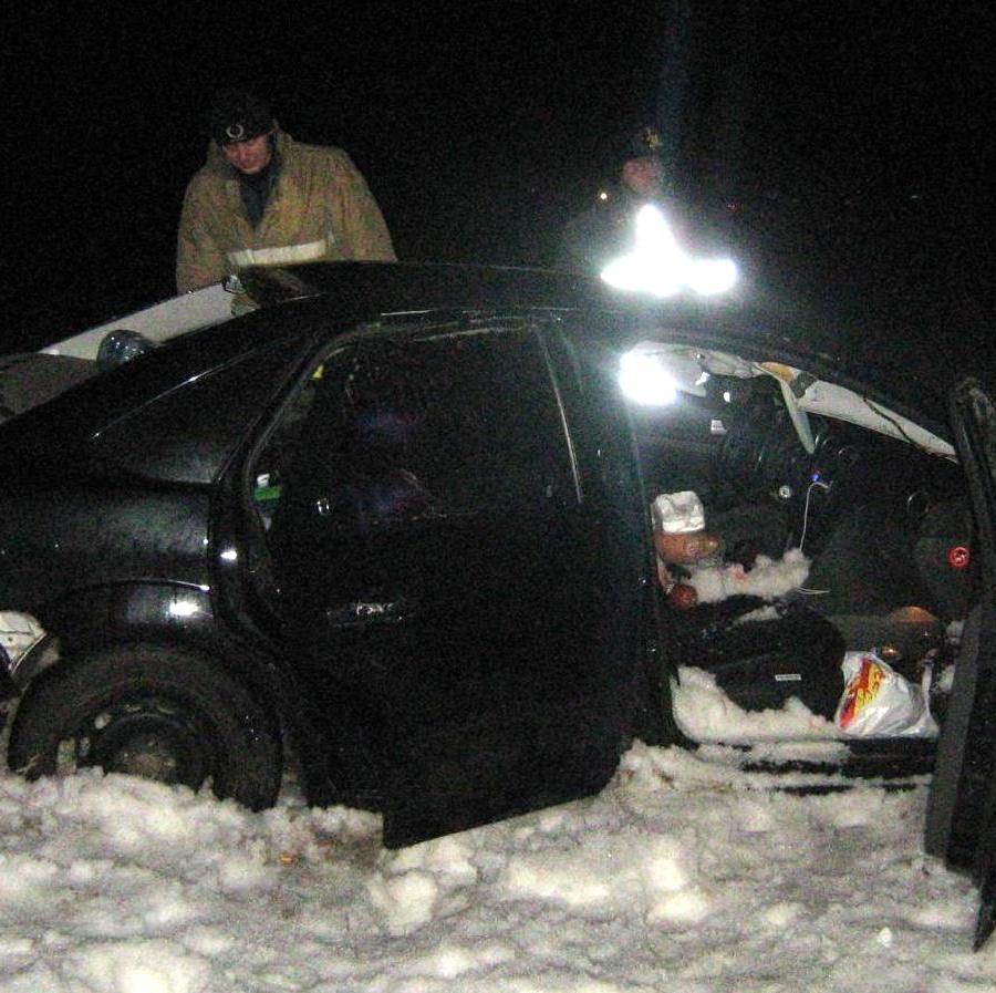 Под Тулой «Фокус» оказался в кювете — сводка ДТП в Тульской области за 27 февраля